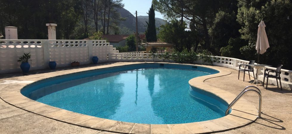 12m x 6m swimming pool