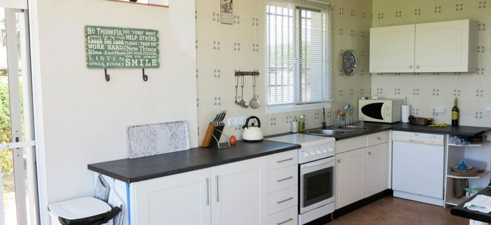Kitchen/diner - 22m²With patio doors onto rear terrace