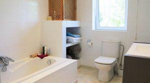 Bathroom -  6m²