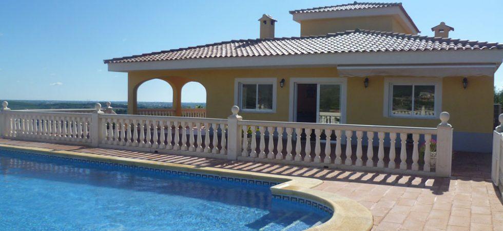 Luxury villa for sale Alberic Valencia – Ref: 018454