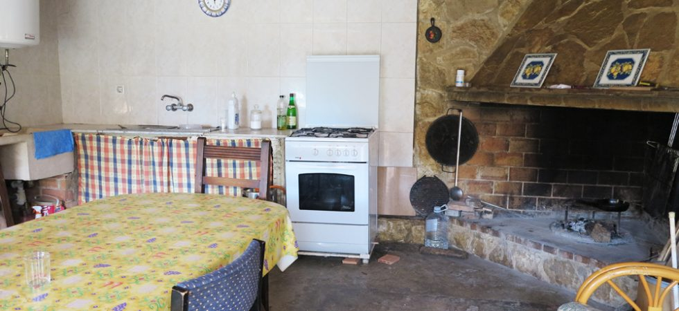 Outside kitchen - 29m²
