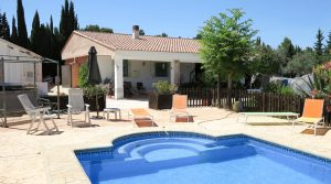 Large property for sale Turis Valencia – Ref: 018755