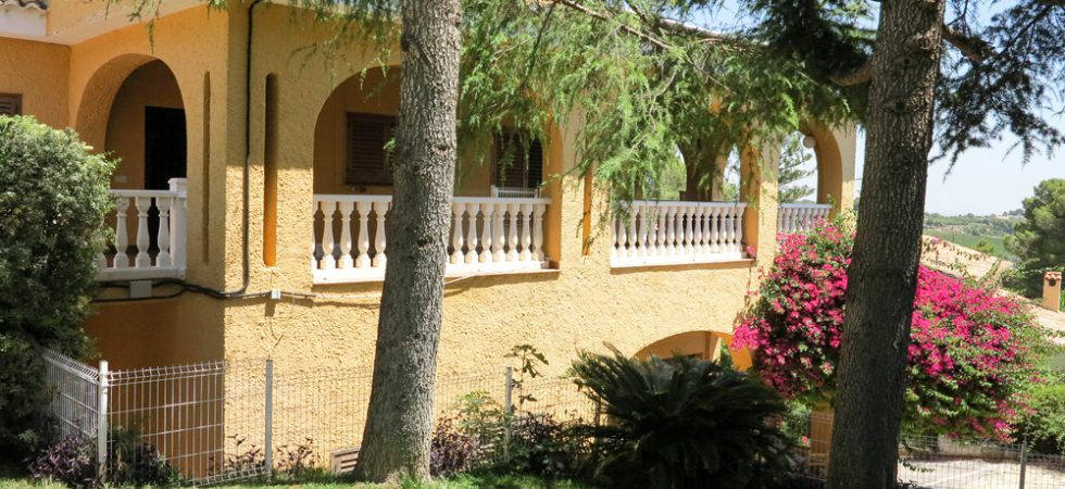 Large villas for sale Valencia
