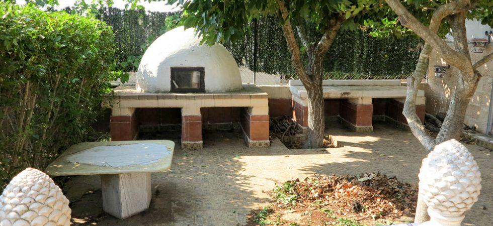 Masonry pizza oven