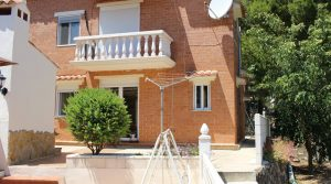Perfectly formed villa with sea views Llauri Valencia – 018759
