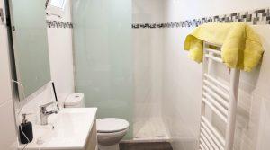 Ground floor Bathroom - 5m²