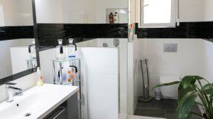 First floor Bathroom 2 - 7m²