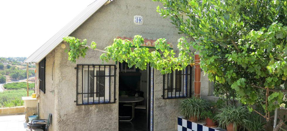 Outside kitchen/diner - 15m²