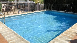 7m x 5m swimming poolWith pool-side shower