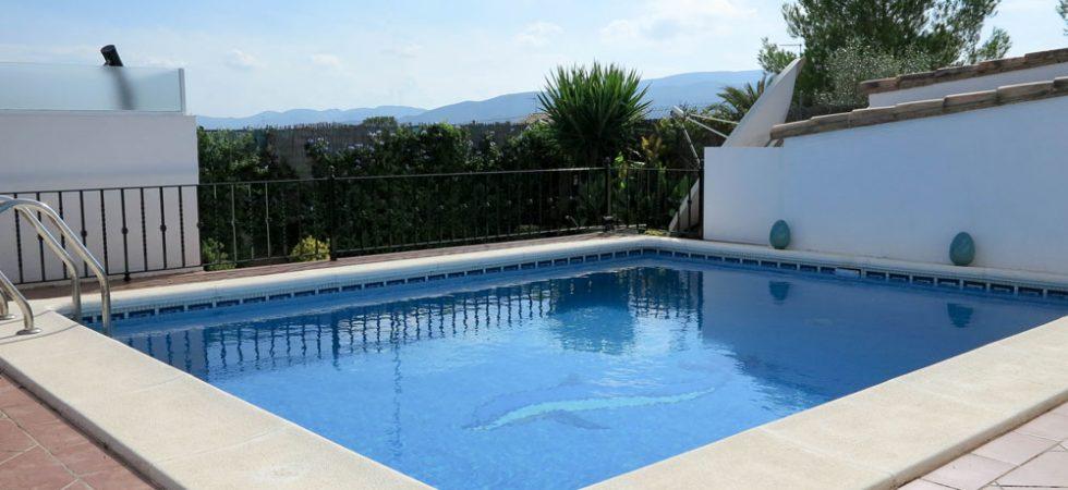 6m x 5m swimming pool