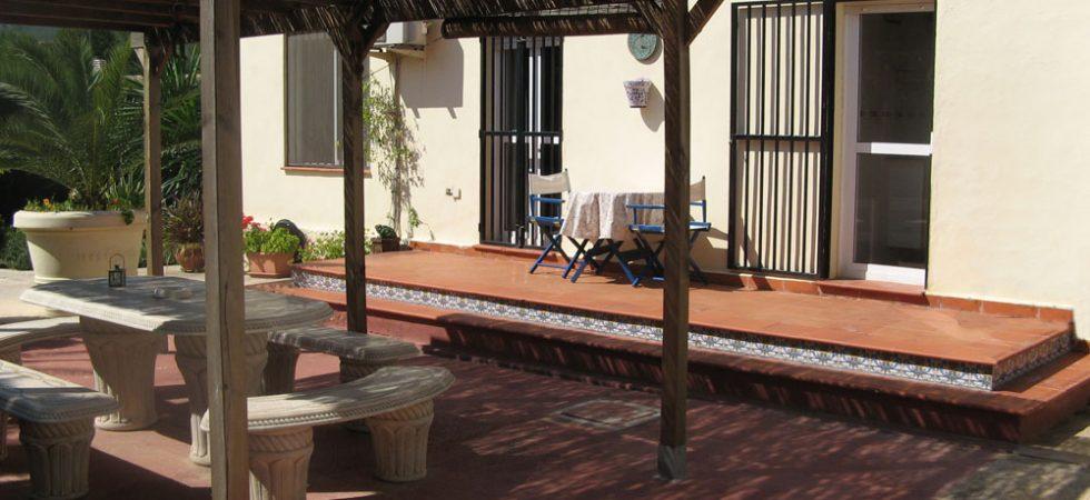 With access onto gazebo-terrace