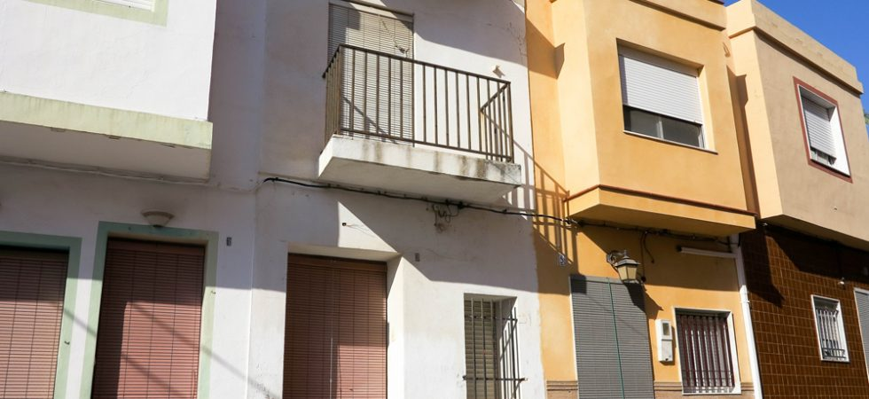 Cheap townhouses for sale Valencia