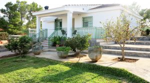 Traditional home for sale Monserrat Valencia – 018774