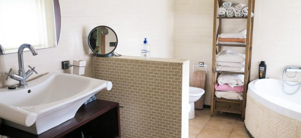 Bathroom -  10m²