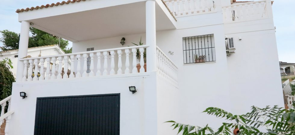 Modern villas for sale Valencia