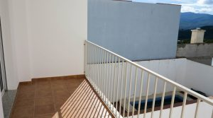 Bedroom 1 Balcony terrace - 9m²