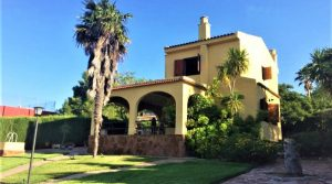 Urbano villas for sale in Monserrat