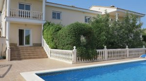 Luxury property for sale in Alberic Valencia – 019580