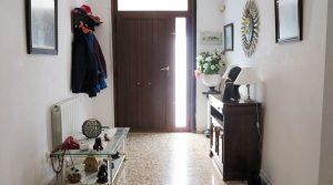 Entrance hallway - 15m²