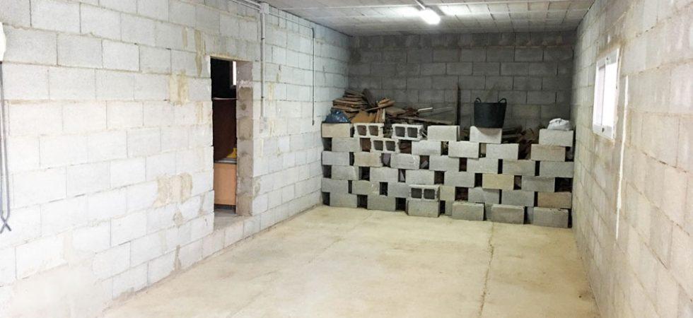 Storeroom 1 - 25m² • Storeroom 2 - 25m²