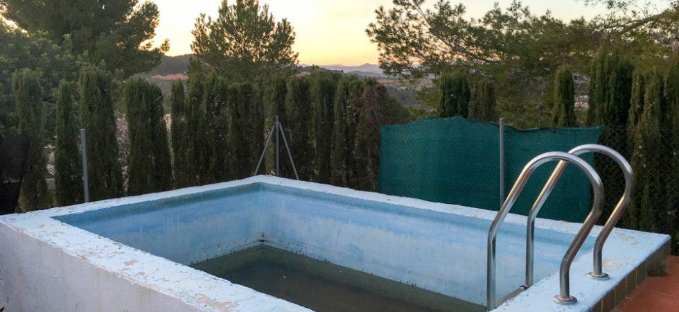 4m x 3m swimming pool