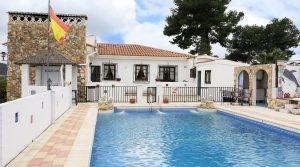 Property for sale Monserrat Valencia
