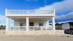 Solar powered villa for sale Cheste Valencia – 019803