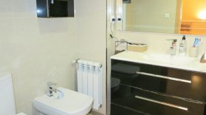 First floor Bathroom - 5m²