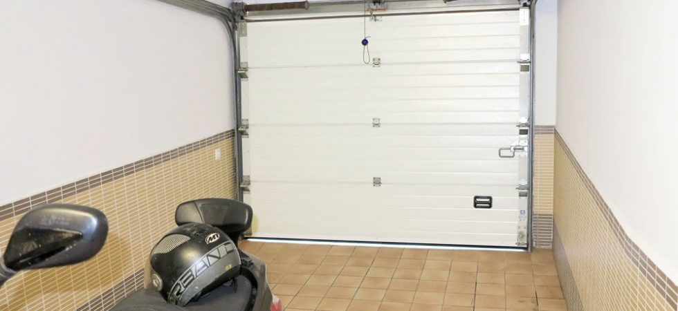 Lower ground floor Garage - 18m²