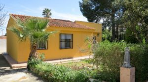 Well maintained villa for sale in Turis Valencia – 019806
