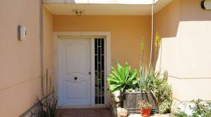 Entrance porch - 3m²Entrance hallway - 6m² (not shown)