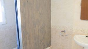 Apartment Bathroom - 8m²