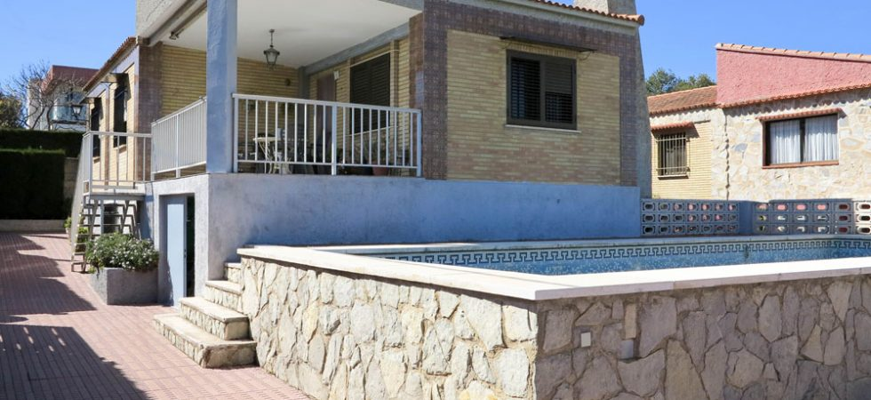 Villa for sale with sea views in Monserrat Valencia – 019811