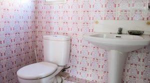 Bathroom - 2m²