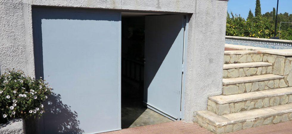 Garage & Underbuild