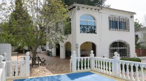 Traditional villa for sale in Vilamarxant, Valencia – 019817