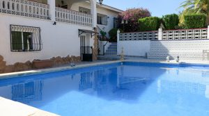 8m x 5m swimming pool
