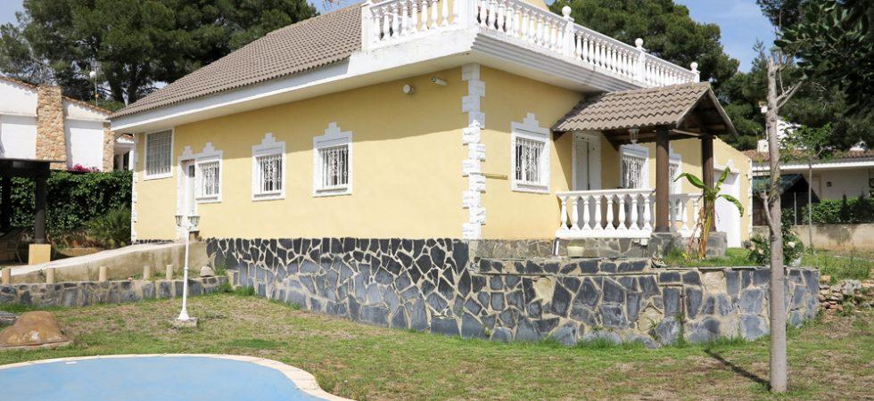 Corner plot property for sale in Vilamarxant, Valencia – 019822