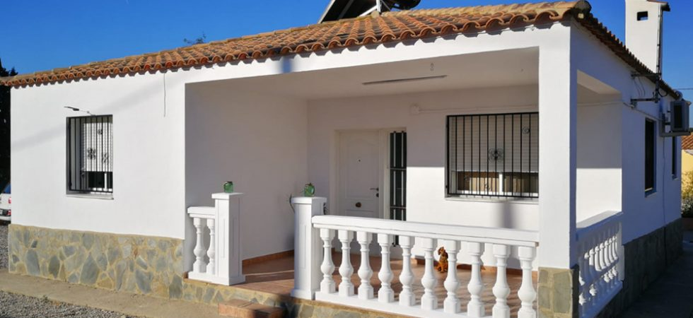 14 year old villa for sale in Montroy, Valencia – 019822
