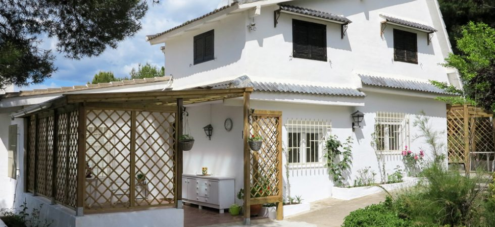 Country property for sale in Valencia