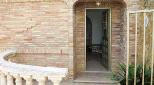 Apartment 1 entrance