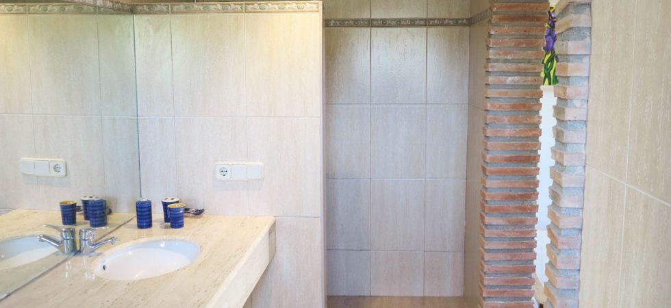 Apartment 1 Bathroom - 8m²