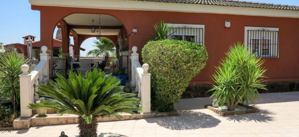 Desirable home for sale in Vilarmxant, Valencia – 019833