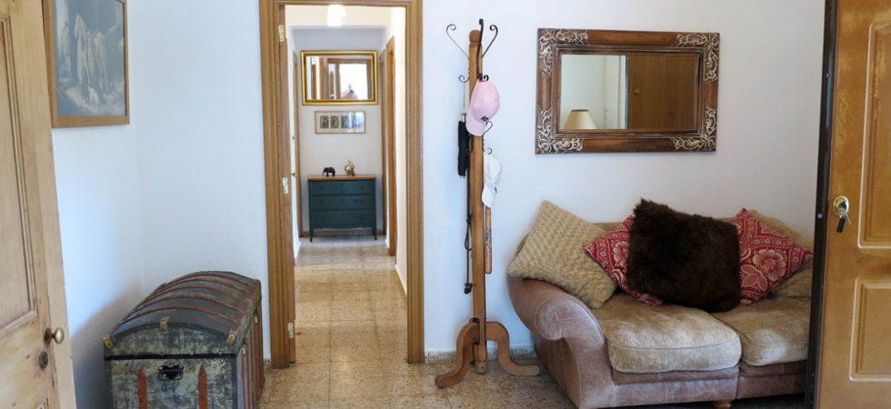 Entrance hallway - 17m²