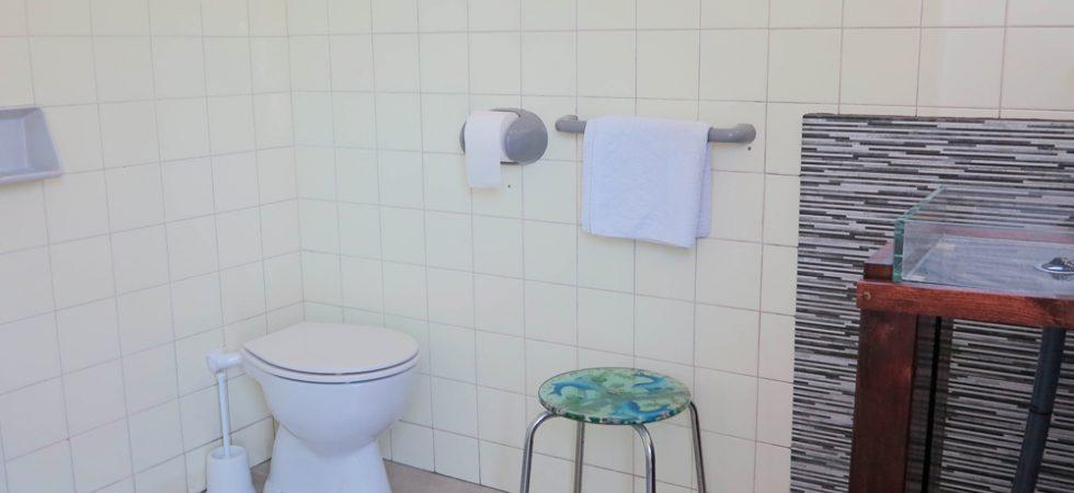 Outside bathroom - 21m²