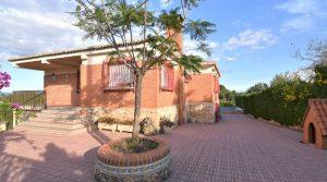 Urbano villa for sale near Monserrat town, Valencia – 019857
