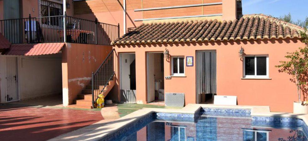 piscina-7.jpg_gYA2dOz.1143x857