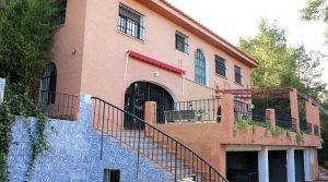 Large villa for sale in the desirable area of 'El Vedat' in Torrent, Valencia – 020865