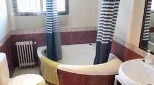 First floor Bathroom -  6m²