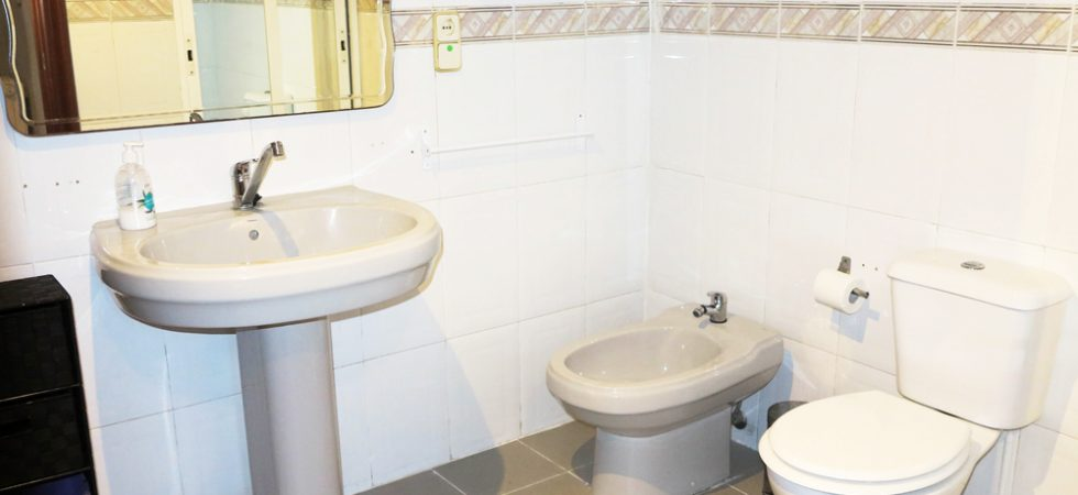 Ground floor Bathroom -  7m²